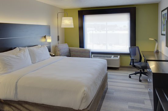 Holiday Inn Express & Suites Le Mars: Guest room