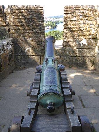 Fortaleza de Valenca, kanon