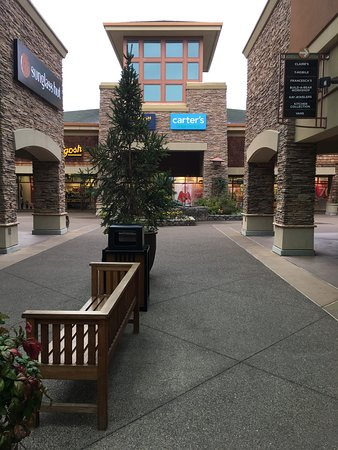 Woodburn Premium Outlets - 2019 All You Need to Know BEFORE