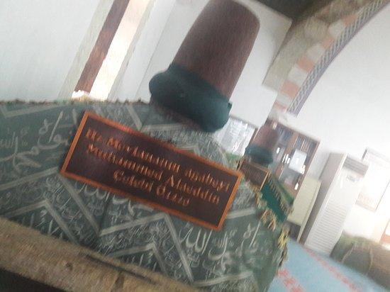 Aktekke Camii: MEVLANA HZ .ANNESİNE ZİYARET