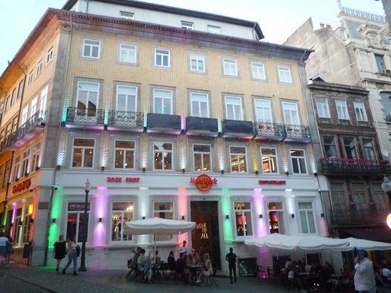 Hard Rock Cafe: HRC Porto.Tell travellers more about your photo
