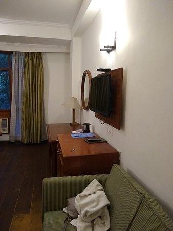 Jai Ma Inn Hotels: Inside room