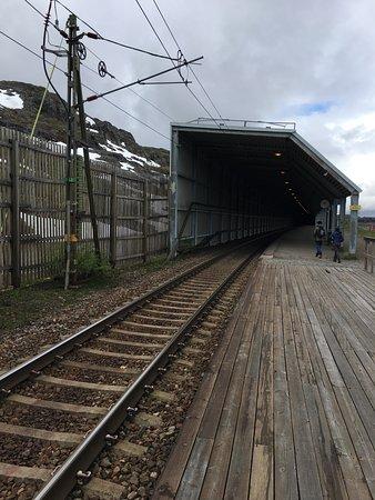 Riksgransen Station tunnel