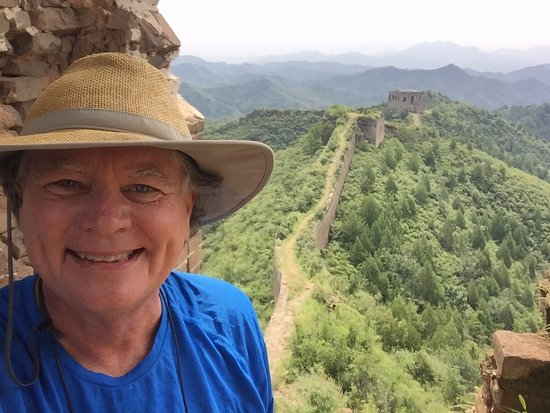 2-day Small group Iconic Great Wall Hiking at Gubeikou&Jinshanling led by farmer: Fantastic view right out of the gate on the first day!