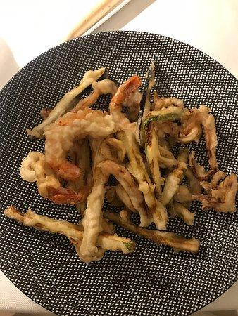 Non ci sono parole per descrivere la bontà di questi piatti... semplicemente ti portano in paradiso!!!!