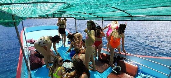 KOH TAO TOUR               Snorkeling trip around                                      KOH TAO -KOH  NANG YUAN Booking here:084-8507628, 083-8301912  Date 23/07/19 #เกาะเต่าทัวร์ #เกาะเต่าไทยแลนด์ #kohtaotour#kohtao#kohtaoisland #kohtaotrip #kohtaothailand #snorkelling #snorkelingtrip#tao