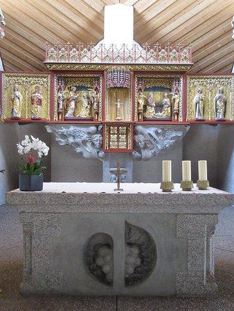 Eglise/Kirche St.Niklaus à Schluchsee (maître-autel et retable)