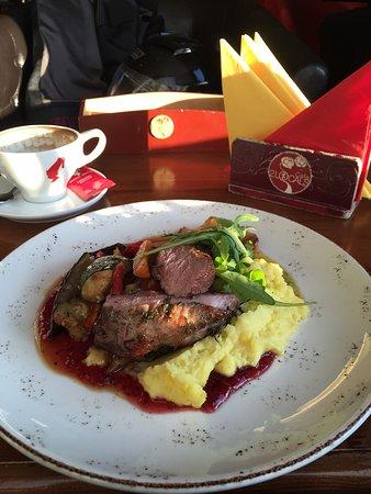 Самое лучшее заведение в Цесисе 🤘🏼 есть вечный город Рим, и есть вечное прекрасное местечко Cafe2LOCALS
