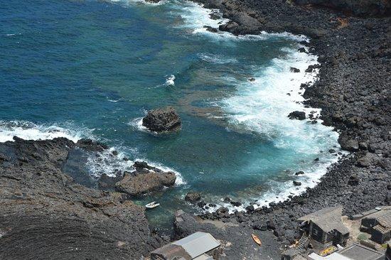 Pozo de las Calcosas: Junto al mar abierto