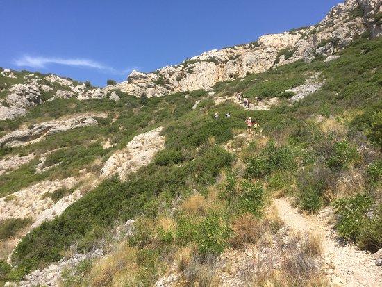 "Calanque de Sormiou: Der ""Trampelpfad"" über die Berge........."