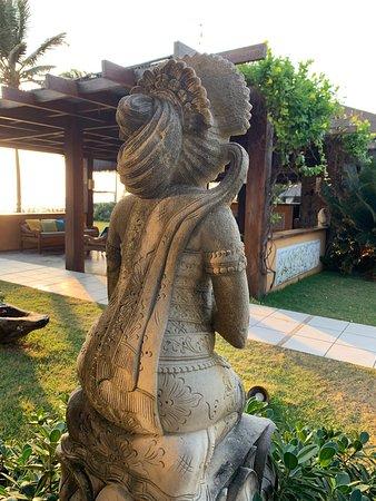 Detalhe- Belas Esculturas