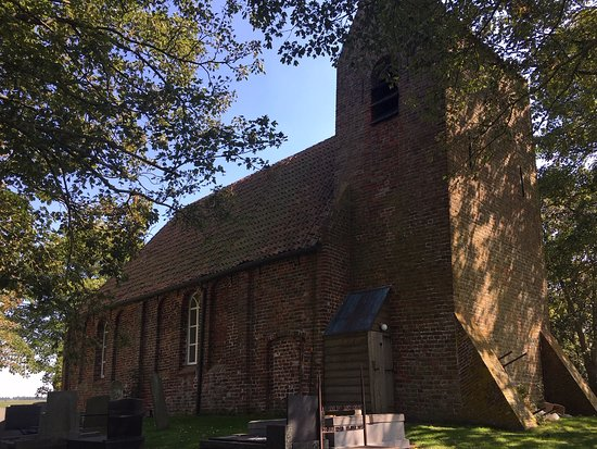 hervormde kerk Oostum