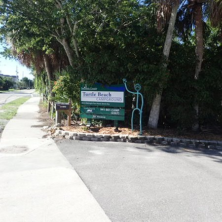 Entry to Turtle Beach Campground