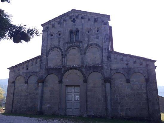 Castelvecchio, Italia: la facciata