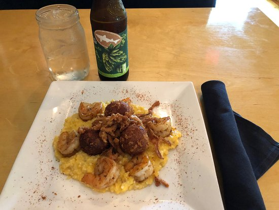 Backwoods Crossing, Tallahassee - Restaurant Reviews, Photos