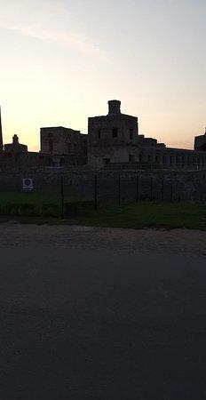 Krzyztopor Castle: Zamek Krzyżtopór - 12.  Okazały Klejnot Europy w promieniach zachodzącego, letniego słońca.