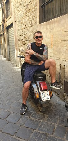 Florence Vespa Tour: Tuscan Hills and Italian Cuisine: Loved that little Vespa