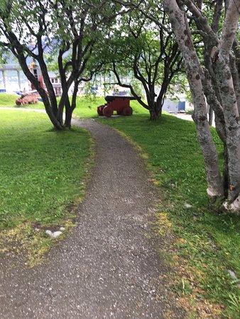 pathway to Skansen house