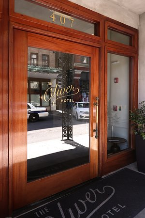 The Oliver Hotel, 407 Union Ave, Knoxville, TN - Entrance Doorway