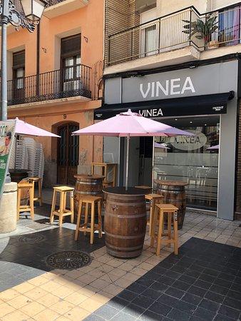 Vinea en calle Padre Huesca, 11