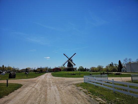 Mennonite Heritage Village : area
