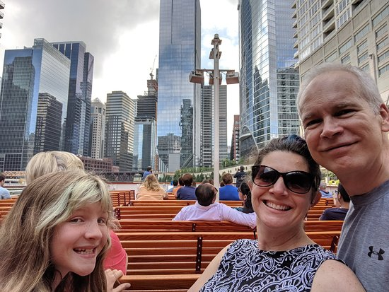 Chicago Architecture River Cruise: Cruising back down the north branch of the Chicago River