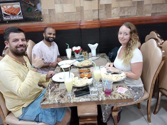 Bollywood Restaurant BN: Good food, good mood!
