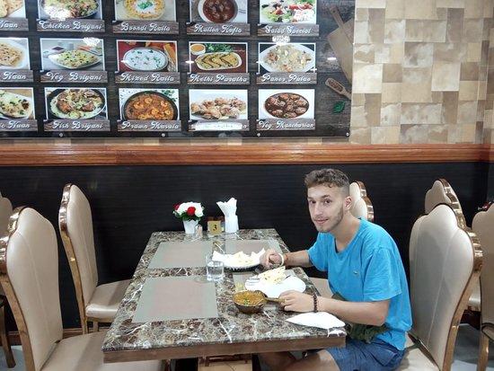 Bollywood Restaurant BN: Lone traveler replenished! Safe travels Sir!