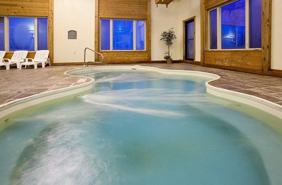 Holiday Inn Express Munising -  Lakeview: Pool