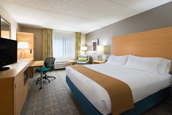 Holiday Inn Express Hotel & Suites Wheat Ridge-Denver West: Guest room