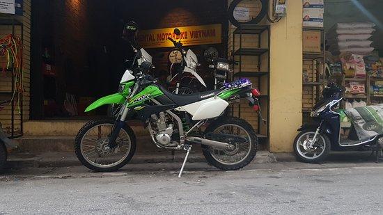 Kawasaki KLX 250 - Hanoi Motorbike Rental