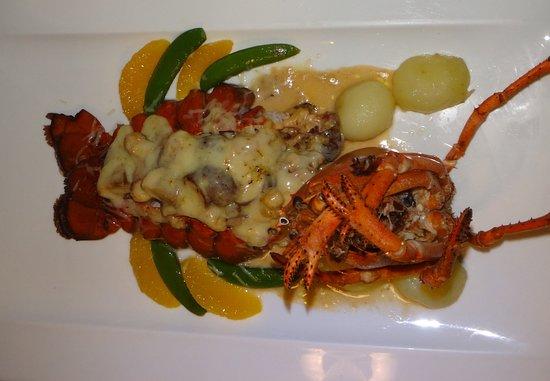 CafeDesAmis-Lobster