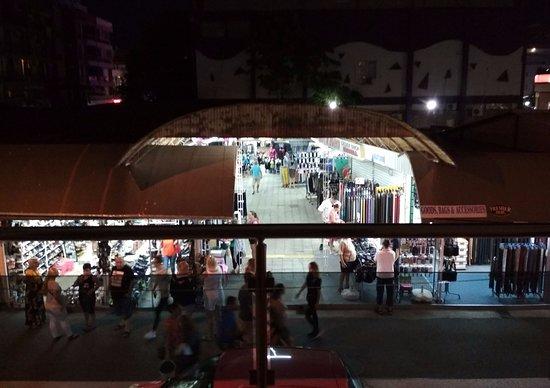Hotel Palm Residence: ubytovanie priamo nad bazarom /trhom