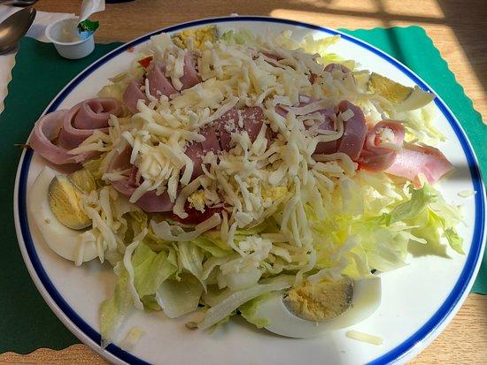 Philadelphia, NY: Cook's Family Restaurant - my Julienne salad