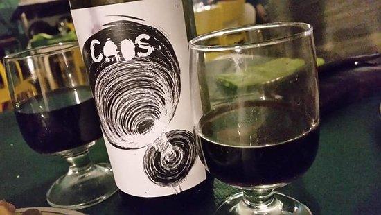Gioi, Italie : Il nostro rosso un vino prodotto con dieci diverse qualità di uve.