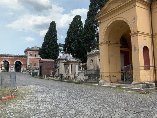 Prachtige oude begraafplaats, waar ik toevallig langs kwam lopen