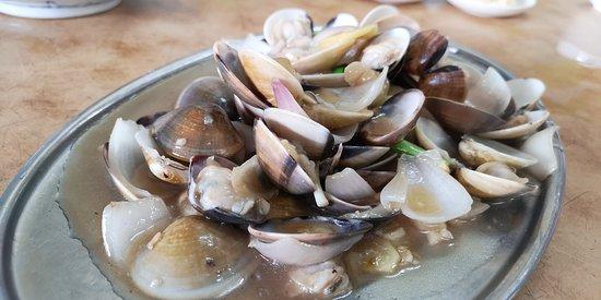 Nibong Tebal, Maleisië: stir fry clams