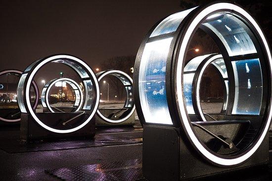 Interactive Exhibit - The Loop