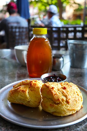 Tupelo Honey 1 Market Square in The Oliver Hotel - Great Biscuits