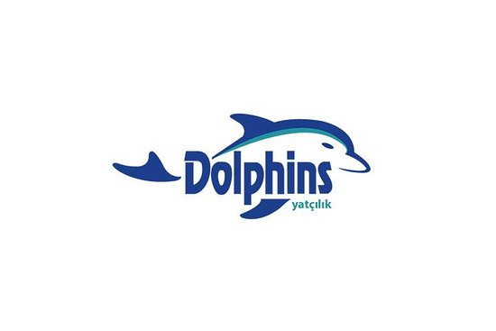 Dolphins Yacht