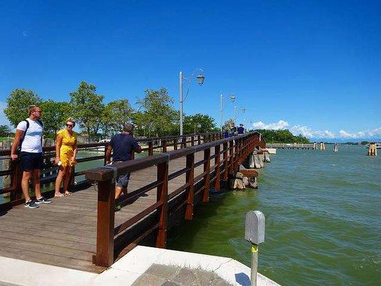 ブラーノ島からMazzorbo島に渡る橋