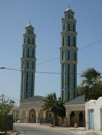 Autre Tunisie Day Tours: Mosquée verte