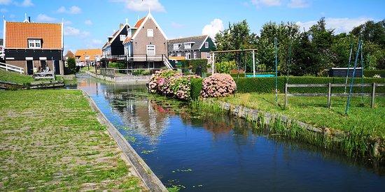 Le città e i mulini dell'Olanda fanno un giro in autobus da Amsterdam: Volendam