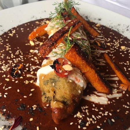Male Bistro Mexicano: Huahuzontle con nuestro delicioso mole Mälé