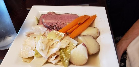 O'Hara's Public House: corned beef and cabbage, August 2019