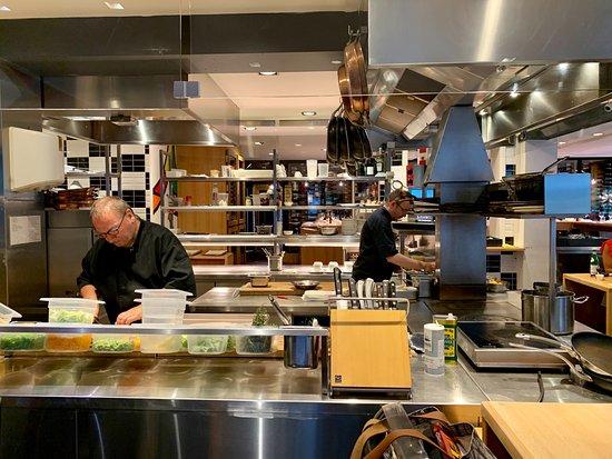 Le chef Evan et son second Xavier
