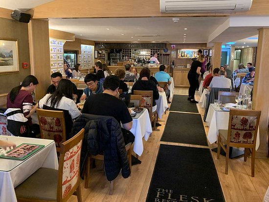 The Flesk Bar & Restaurant: You can see the crowds and congestion