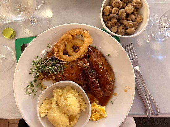 The Flesk Bar & Restaurant: I ordered the duck which turned out fine.