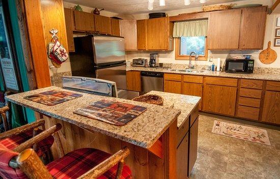 Vintage Vermilion - Cabins and Retreat: Kitchen in Main