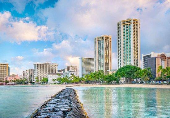 Hyatt Regency Waikiki Beach Resort & Spa Hotel